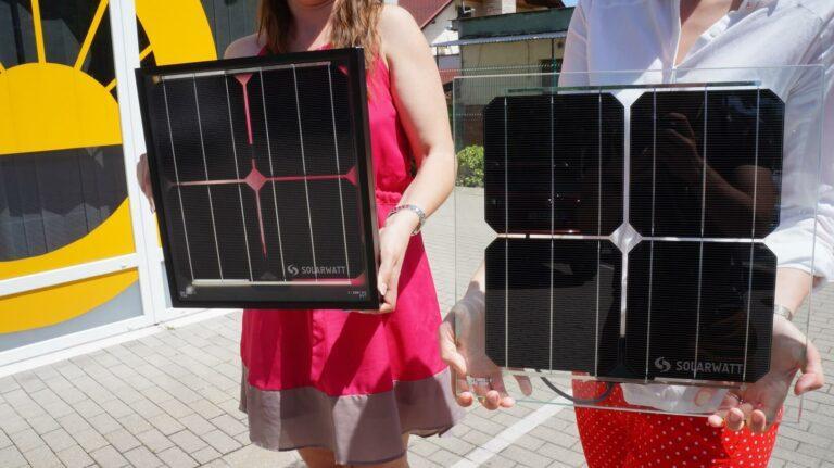Keret nélküli félig átlátszó napelem